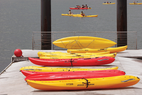 Downtown Express photos by Milo Hess The Downtown Boathouse opened its kayak program on Pier 26 last weekend.